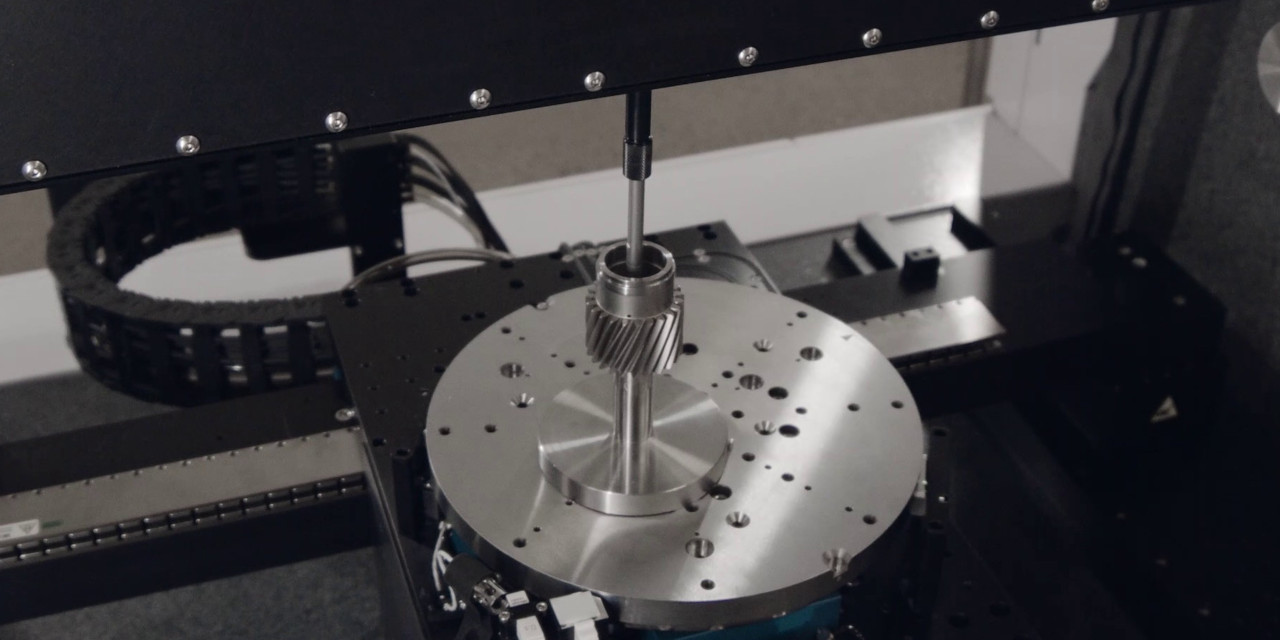 ZeroTouch performing bore inspection